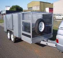 images/Lawn-Moving-Trailer/LawnMowingTrailer-2TonGVM/10x5x4LandscapingTrailer4.jpg